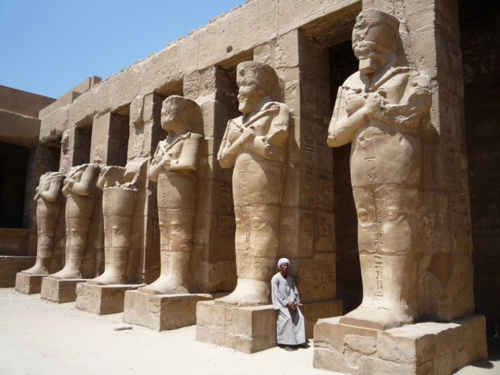 Luxor Suicide Bombers Target Egyptian Temple