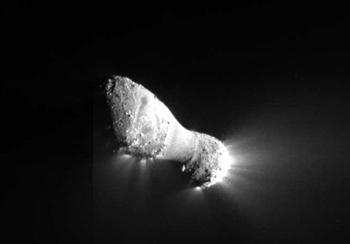 NASA Makes New Discovery About Comets That Could Allow Humans to Get Closer
