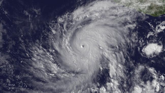 hurricane carlos