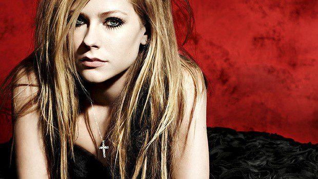 Avril Lavigne Faces Two Battles