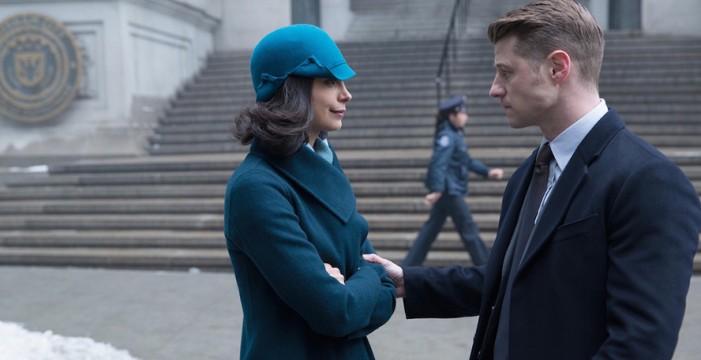 'Gotham' Co-Stars Morena Baccarin and Ben McKenzie Making Waves