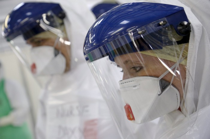 'Ebola Nurse' Files Lawsuit Against Governor for False Imprisonment [Video]