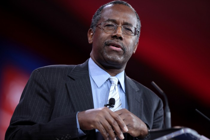 Ben Carson Surge in Iowa Polls Might Derail Donald Trump Ambitions [Video]