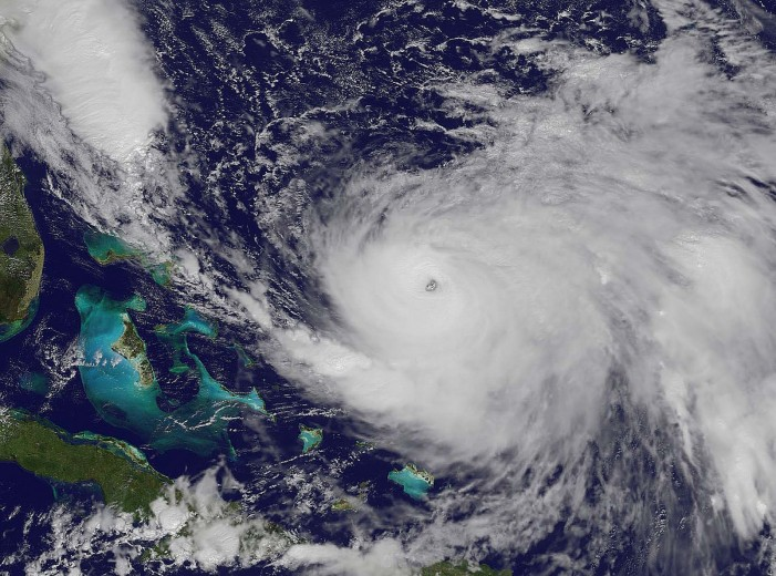 Hurricane Joaquin Sinks American Cargo Ship Near the Bahamas