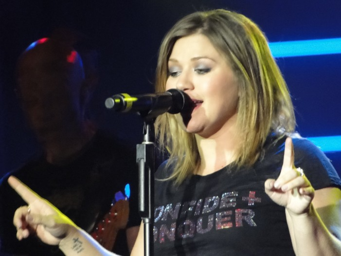 Kelly Clarkson 'Invincible' Singer and Mom [Video]