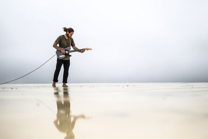 Elessar Thiessen: Great Blues From an Unlikely Place [Review] [Video]