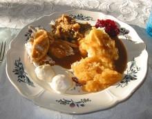 Average Thanksgiving Dinner 4,500 Calories?