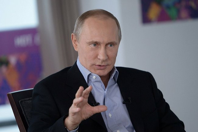Putin Says Syrians Must Decide Own Political Destiny