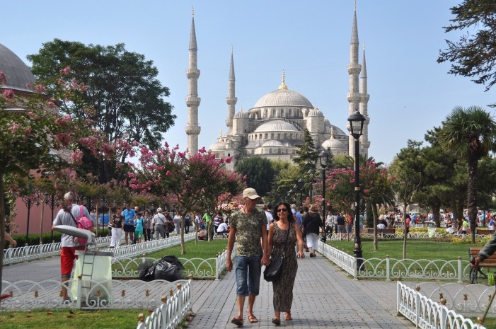 Istanbul Slowly Becoming a Graveyard for Tourists?
