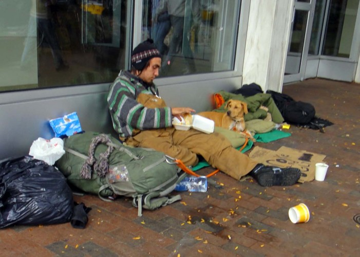 homeless epidemic in america 5,693 homeless people of the nearly 400,000 philadelphians living below the poverty line, 5,693 are homeless the kicker is, the city has less than 4,000 beds to house the homeless.
