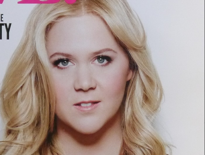 Amy Schumer Reaction to Glamour Illustrates Plus-Size Problem
