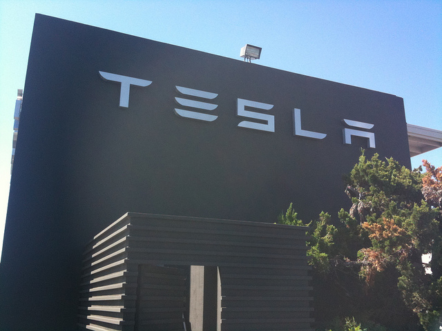 Tesla Motors 'Walks the Talk'