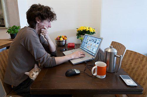 Fundamentals of Starting an Online Business