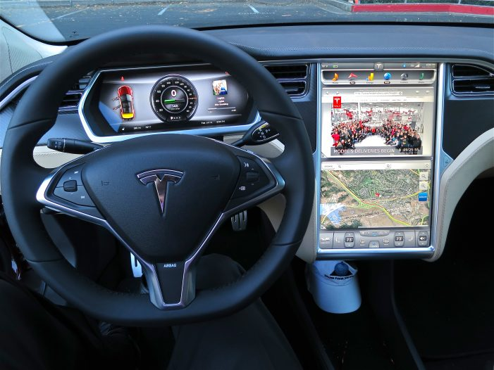 Tesla Accident Highlights Issues With Self-Driving Cars and Insurance