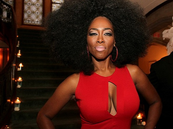 RHOA: Kenya Moore Finally Becomes a Real Housewife