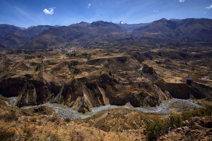 7.1-Magnitude Earthquake in Peru Kills 2 and Injures 23