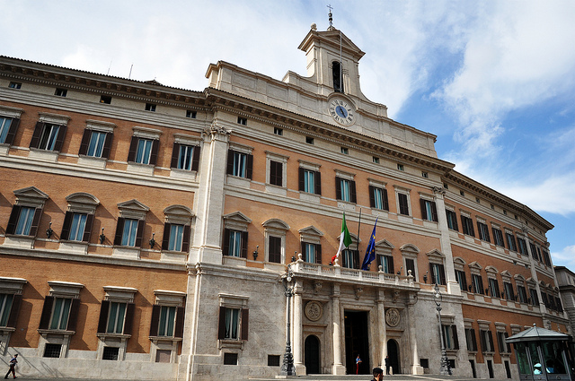 Italy and the Dismantling of the Old Political Establishment in Rome