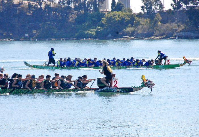 2 Dragon Boats Capsize Killing 17 in China