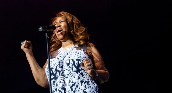 """The World Has Lost the """"Queen of Soul"""" as Aretha Franklin Dies at 76"""