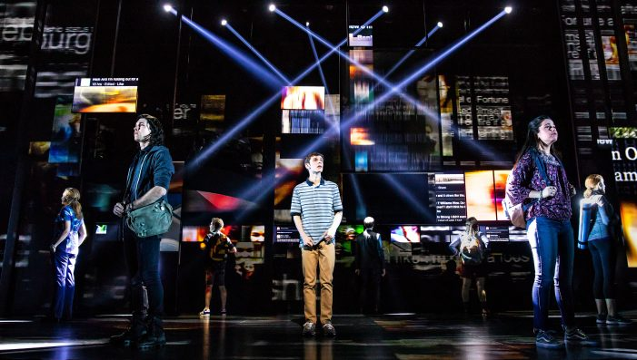 'Dear Evan Hansen' Provides Uplifting Look at Teen Traumas and Despair