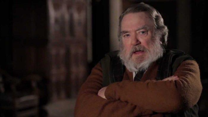 Albert Finney, Star of 'Erin Brockovich' and 'Annie' Dies at 82