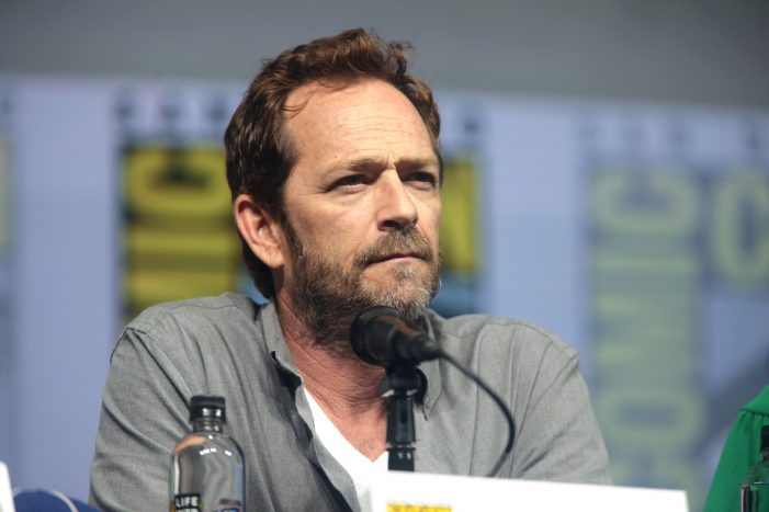 Luke Perry of 'Beverly Hills, 90210,' Dead Following Massive Stroke, Riverdale Shut Down
