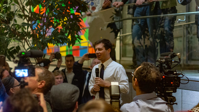 Pete Buttigieg's Rivals Trying to Find Dirt on Him as Popularity Rises