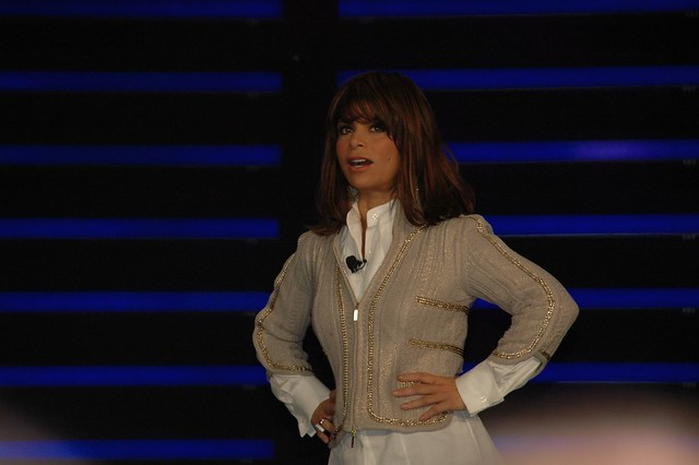 Paula Abdul Does Not Rely on $5 Million Holograms and Shines at Billboard Awards [Video]