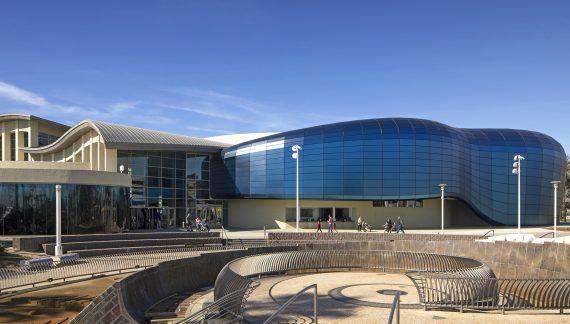 Aquarium Addition Educates on Fish and Foul