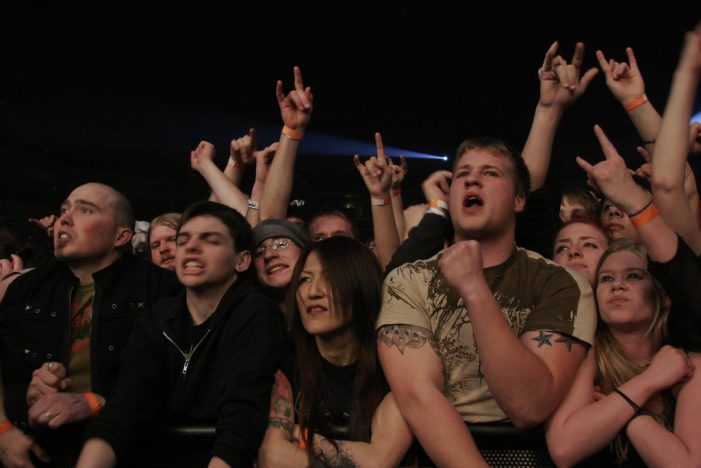Man Dies Outside Mosh Pit at Slipknot Concert