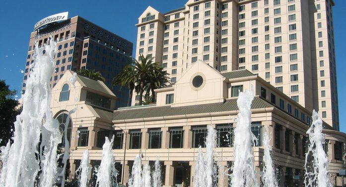 San Jose Hotel Guests Report Foul-Smelling Odor