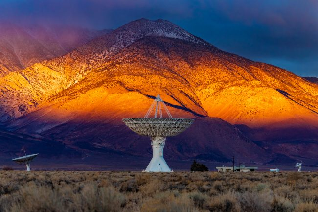 Radio signals from deep space repeated every 16 days
